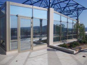 Пример оклейки окон зеркальной плёнкой в Симферополе, ул. Ковыльная