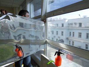 Оклейка окон зеркальной плёнкой в Симферополе